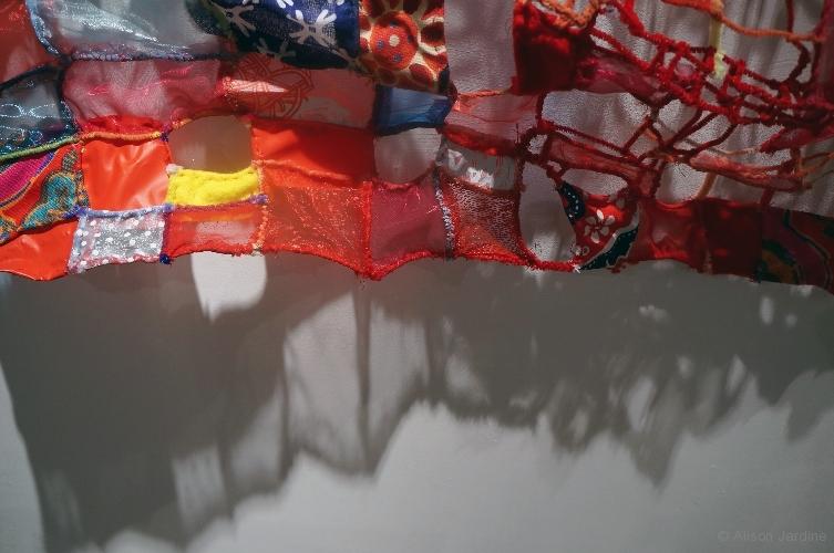 30-jardine-red-patchwork-andshadow